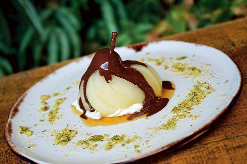 Recipe: Poached Pears filled with Mascarpone